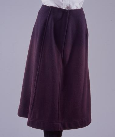Skirt; woollen skirt, as issued to lgoc female bus conductor, 1916-1919