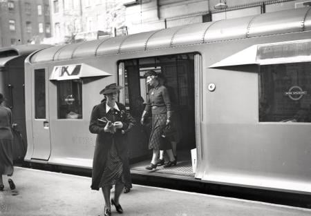 B/w print; earls court underground station with q-38 stock, by topical press, 1939