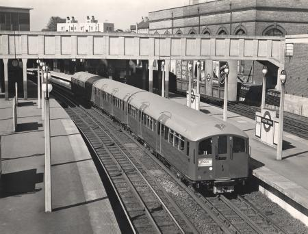 B/w glass neg, 1938-stock on a test run, acton town underground station, by dell & wainwright, 1938